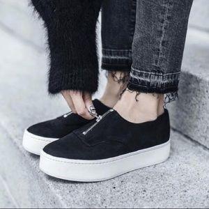 🆕 Vince Warner Black Zip Front Platform Sneaker 9